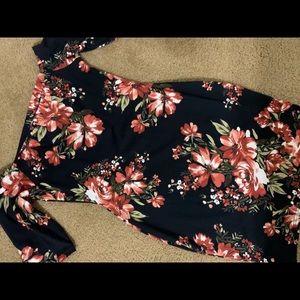 Short black flower body dress